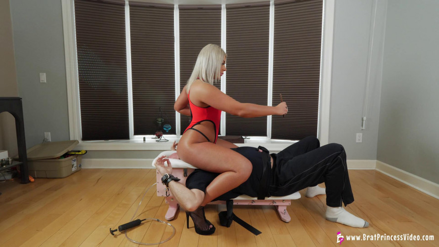 Femdom and Strapon Ava  Her Slave To Sleep