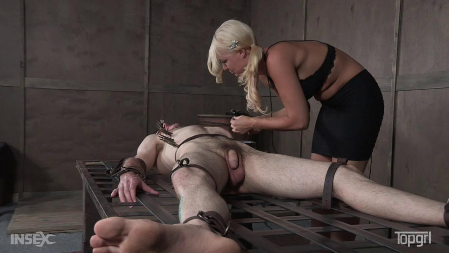 Femdom and Strapon London River - Frame Fucked