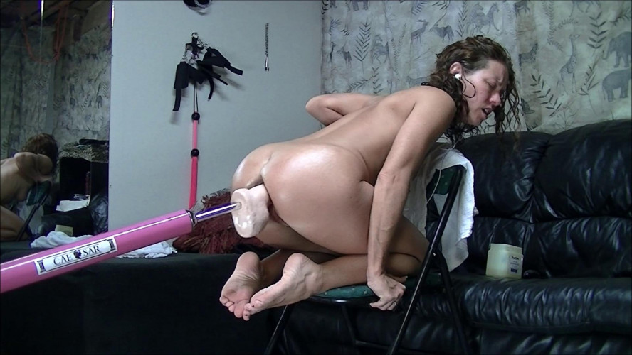 Sex Machines Dirty Wife Machine fucked in a chair (2017)