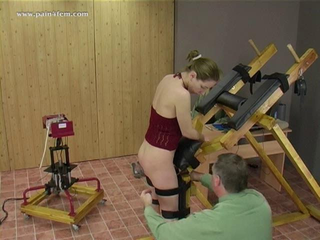 BDSM The spanking machine