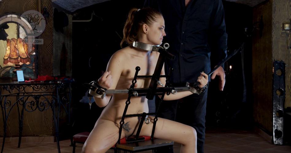 BDSM Renting a Slave Amelie