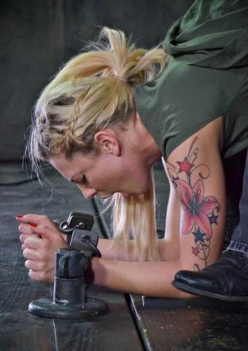 BDSM Sealed Shut Slut - Dahlia Sky  Cyd Black