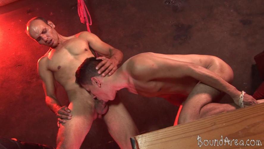 Gay BDSM Studly Dom Dicks His Prey in Suspension and Hogtie