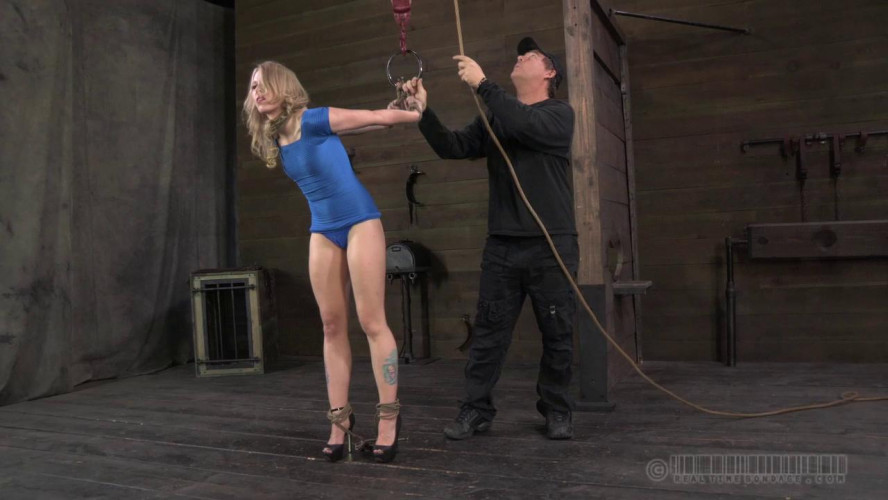 BDSM Sarah Jane Ceylon - Bondage Ballerina