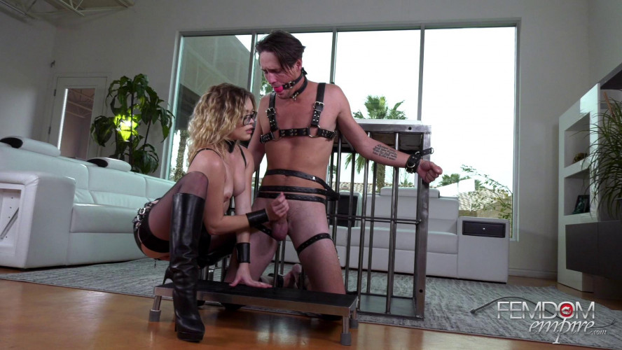 Femdom and Strapon Katie kush - boot bitch orgasms