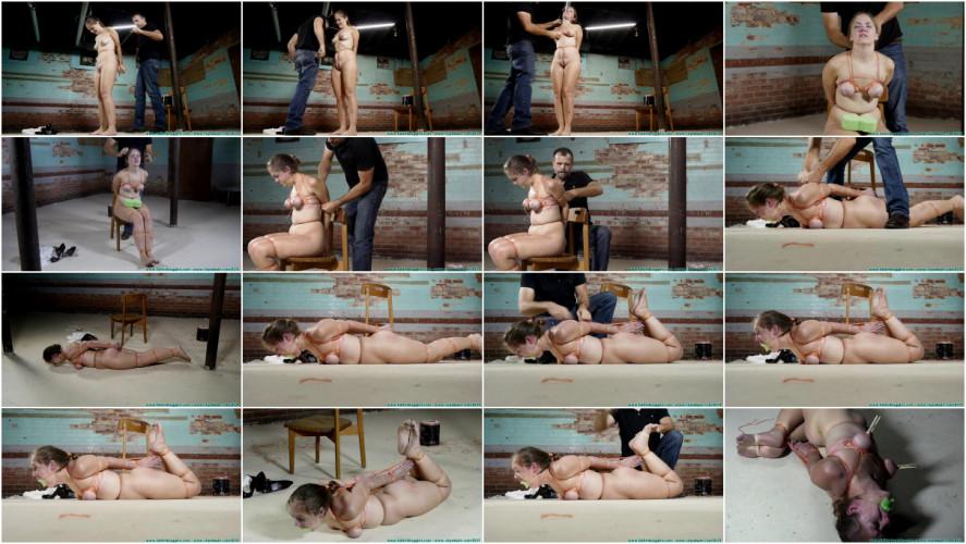 BDSM Rachel Suffers Nude in Thin Twine
