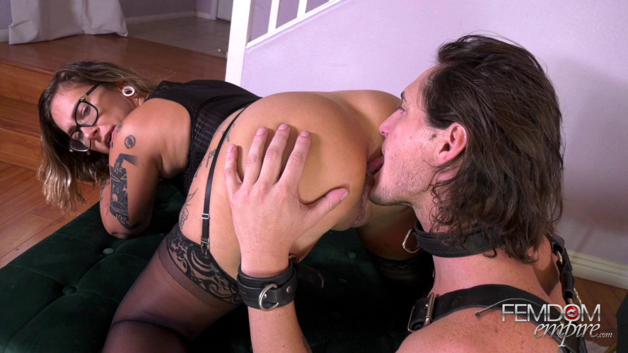 Femdom and Strapon Red August - Pussy Whipped Pleaser