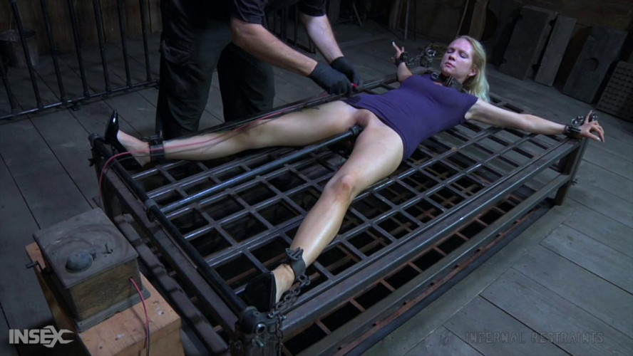 BDSM Rain DeGrey_- Reign Of Humiliation