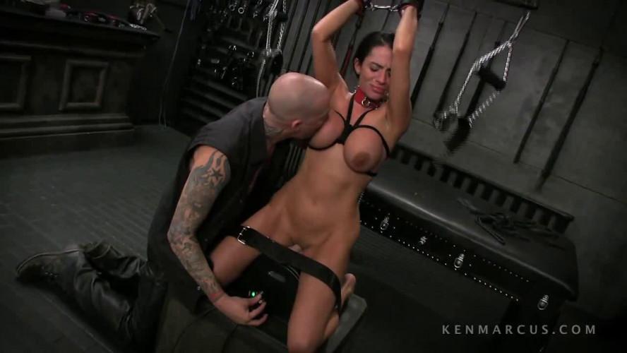 BDSM Ariella Ferrera And Devon Savage