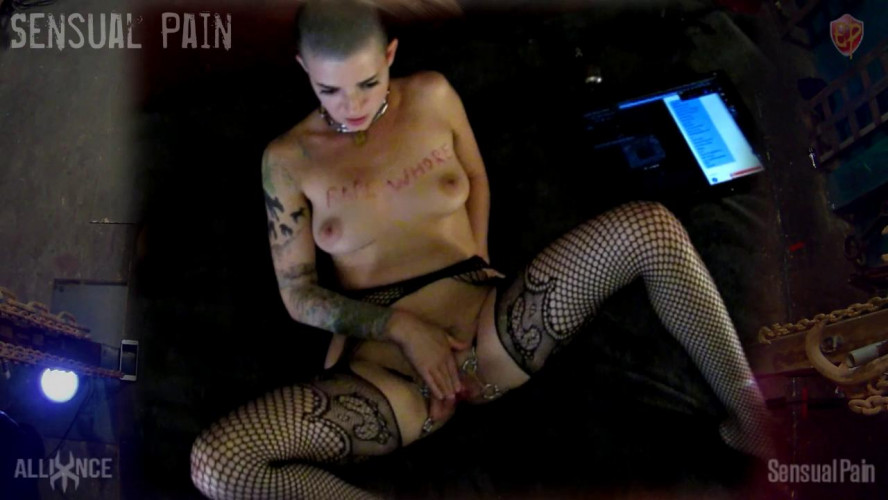 BDSM SlaveDoll Spread Pussy Whore