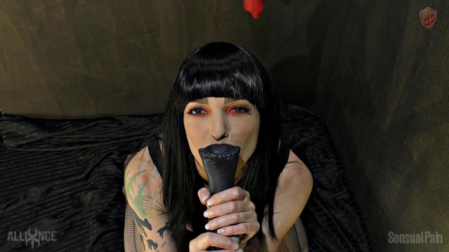 BDSM Sensualpain Gloryhole Stable Maid
