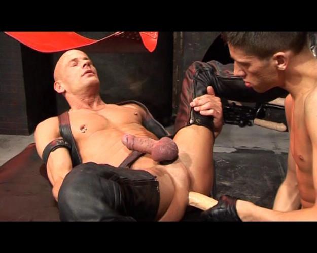 Gay BDSM Perverts Part 3