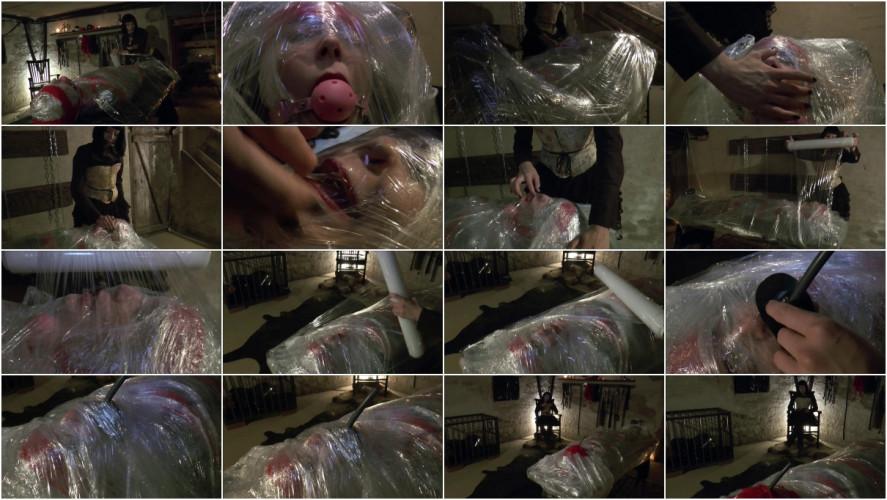 BDSM Mummy