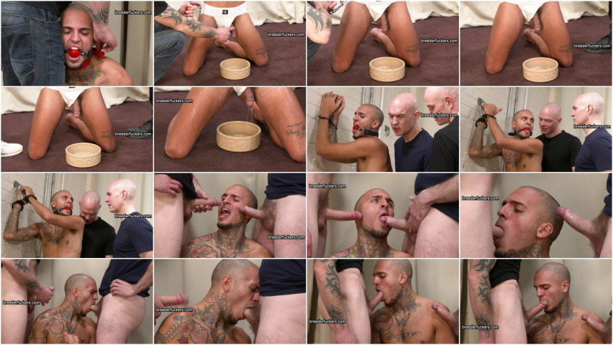 Gay BDSM Leo - Supervised urination covered in piss