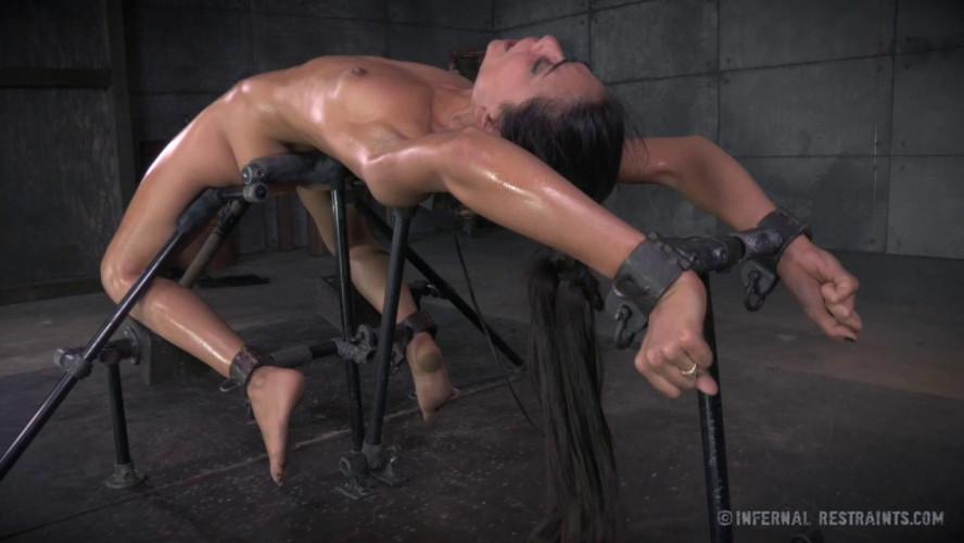BDSM Lythe -  Lyla Storm
