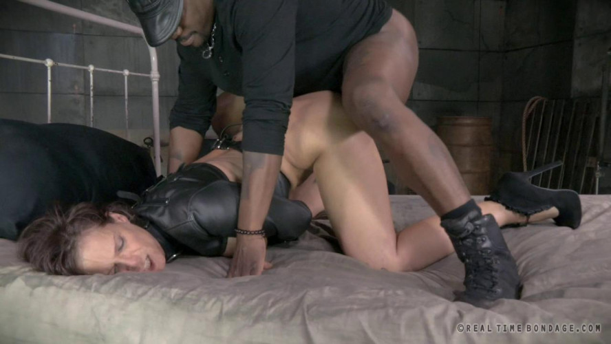 BDSM Toned milf double penetrated by two hard cocks