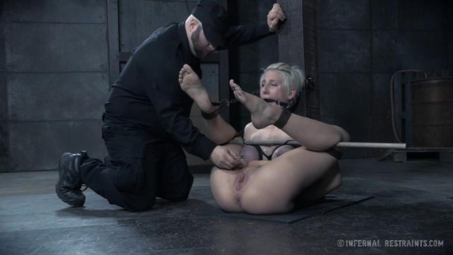 BDSM IT Girl - Dylan Phoenix