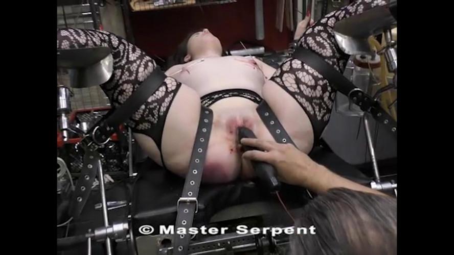 BDSM Beauty Amanda Visiting the Torture Galaxy part 5