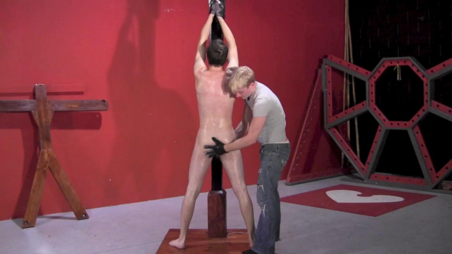 Gay BDSM Submissive Slave Part 6