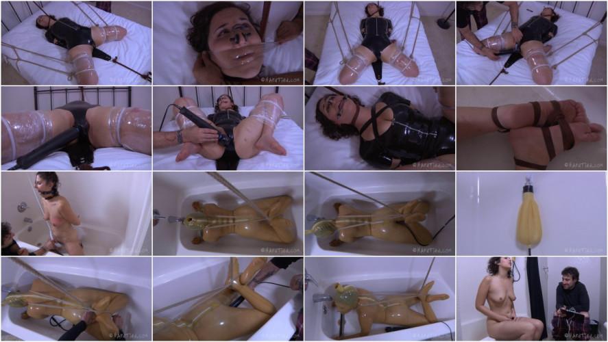 BDSM Latex Marina bondage