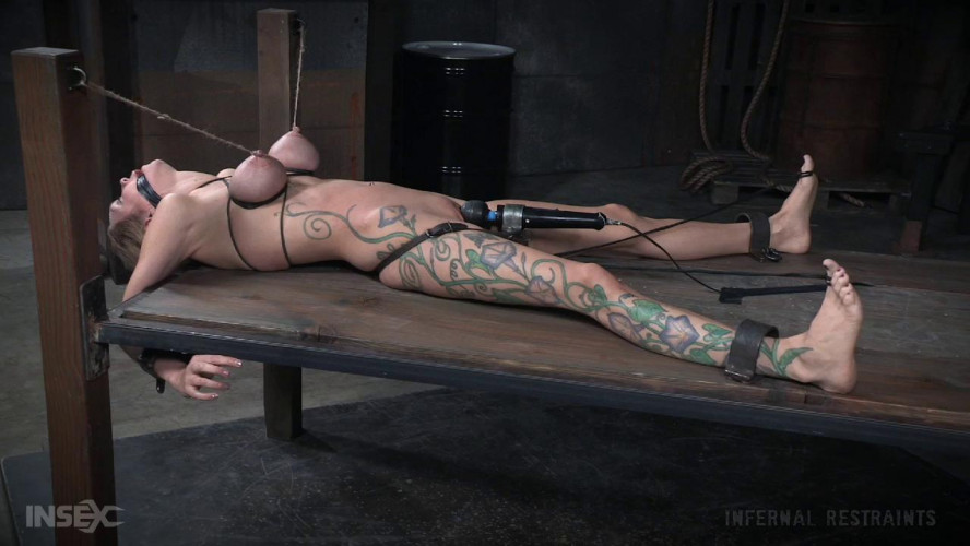 BDSM Rain DeGrey Gets Rough Tortures With Squirts