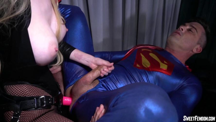 Femdom and Strapon Bunny Evil Bunny Colby Vs Superman