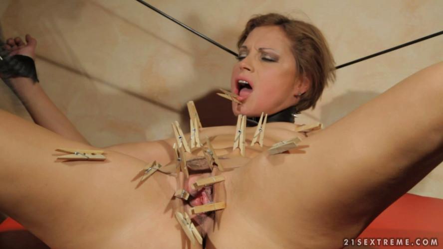 BDSM Szilvia Lauren