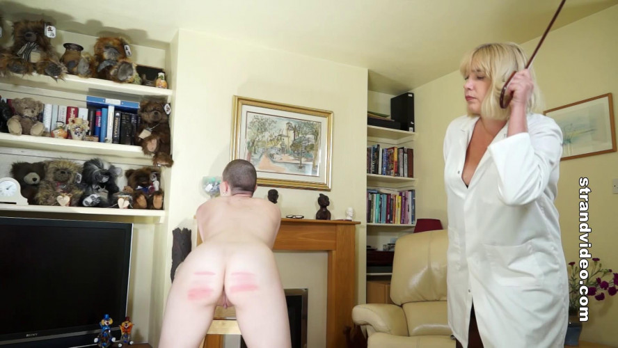 BDSM Strandvideo - Cold Caning: The Medical Experiment Part 1