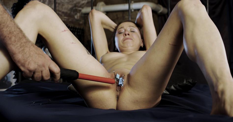 BDSM Mishelle Real