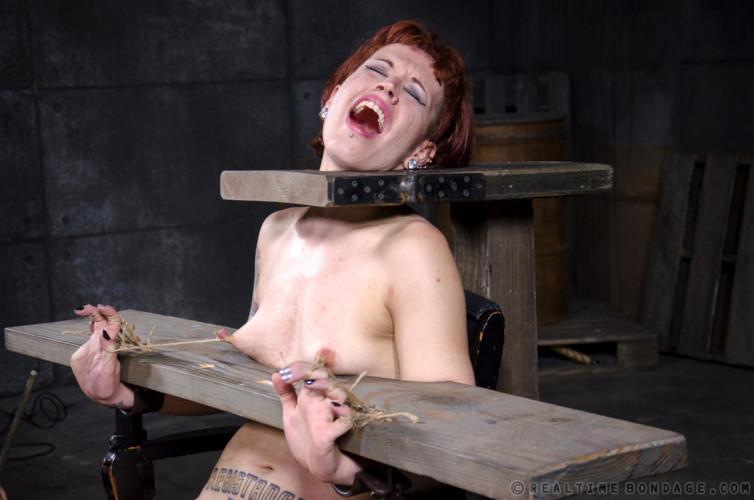BDSM Warp Speed Part 3 - Elizabeth Thorn, Violet Monroe
