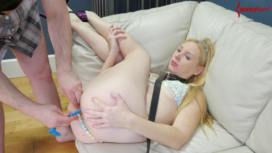 BDSM Anal Candy Girl - Delirious Hunter