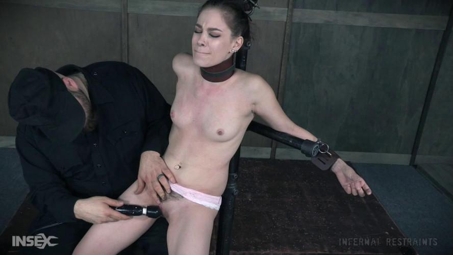 BDSM Slim Chances Bobbi Dylan