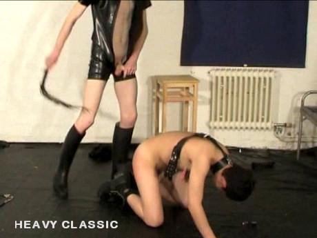 Gay BDSM Boy gets raw flogging & spanking