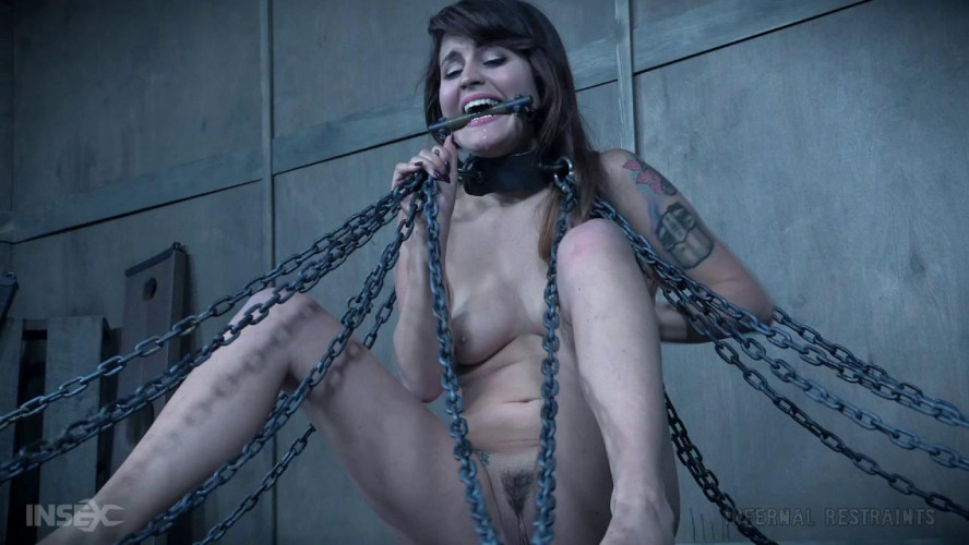 BDSM Raquel Roper - Girl Actually Goes and Fucks Herself