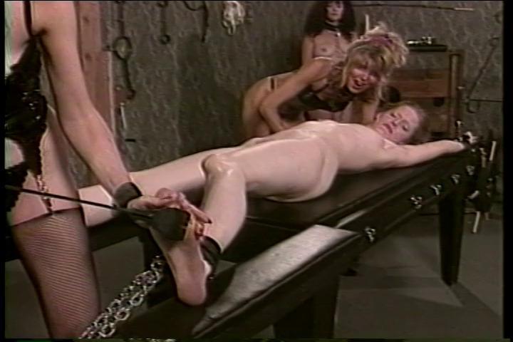 BDSM Classic Sinderellas Revenge