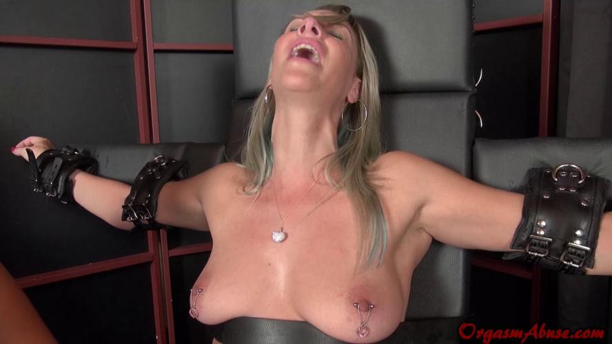 BDSM Fiercely Stolen Orgasm