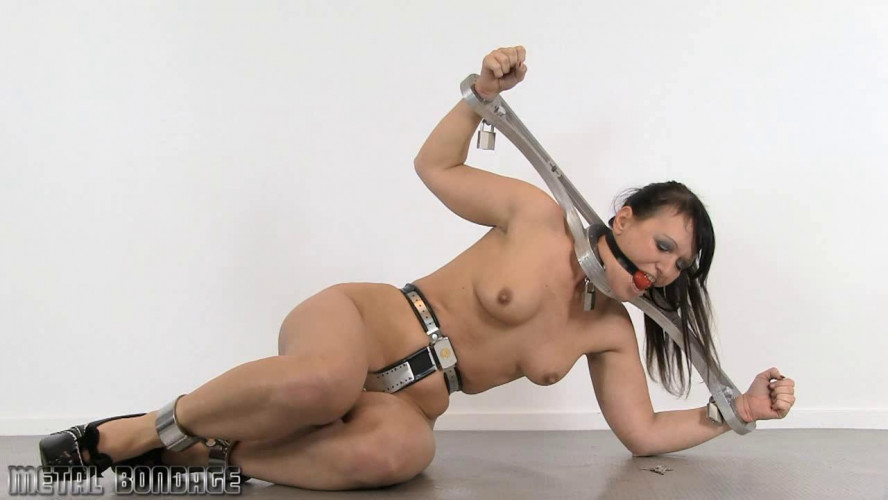 BDSM A very angry Yvette Costeau