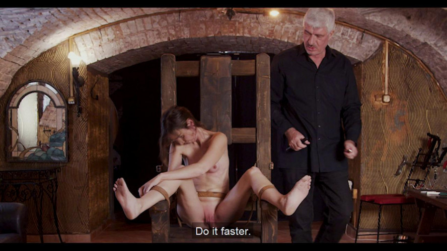 BDSM Hope - Slave of Throne - Part 01