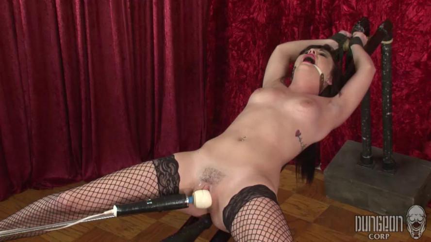 BDSM Brooklyn Daniels, Nina Noxx Bondage