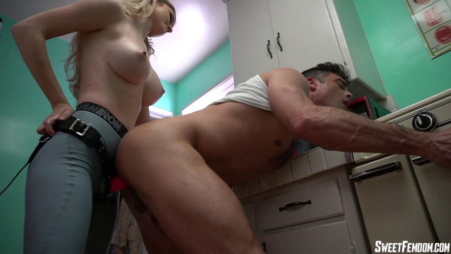 Femdom and Strapon Registered Strapon Offender Bunny Colby - FullHD 1080p