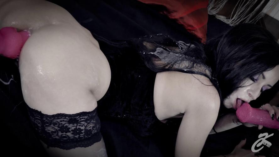 Fisting and Dildo KsuColt - Yennefer Cum Whore. Epilogue