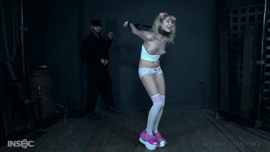 BDSM I Dream of Dolly