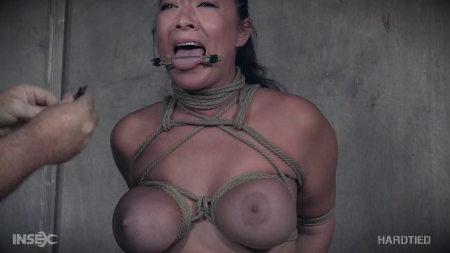 BDSM Nyssa Nevers & Nadia White (Nasty Ladies