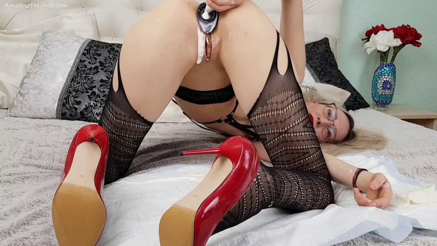 Fisting and Dildo Sirenafox anal in stokings