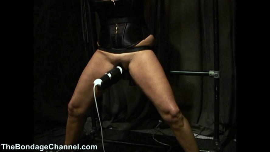 BDSM TheBondageChannel - Red Milf Orgasms