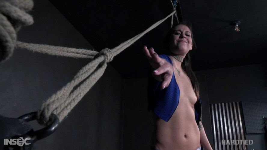 BDSM Straight for the Castle - Kacie Castle