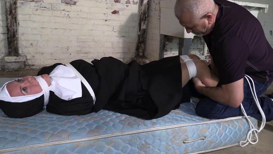 BDSM Nun bondage