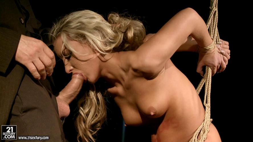 BDSM Bianca Arden 21 year old slut Bondage