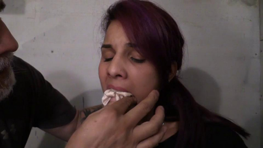 BDSM Latina Hitc Hiker