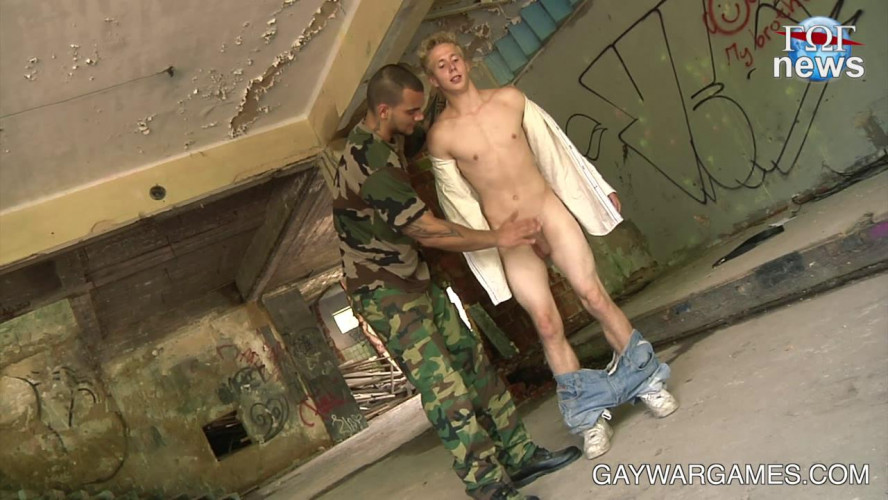 Gay BDSM Blondes Have More Fun - part 01